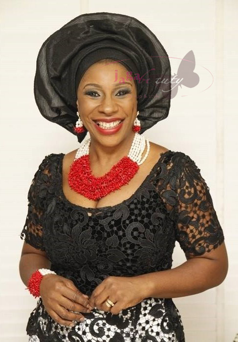 Red and White Accessories, Black Lace and White Aso-ebi Style by NHN Couture- Makeup and Gele by Jagabeauty