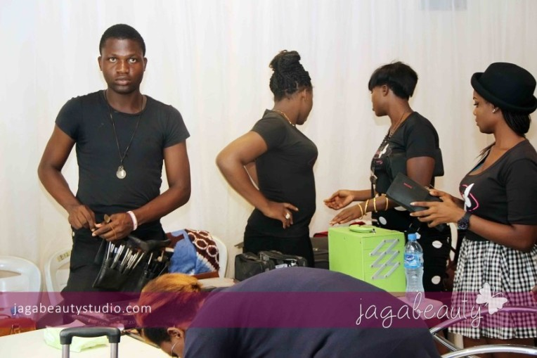 Ejiro-Amos-tafiri-City-People-Magazine-Fashion-Show-with-Makeup-by-Jagabeauty-Studio-2