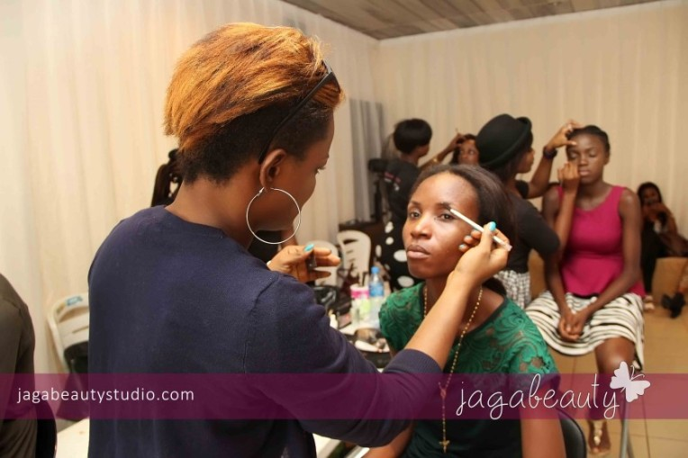 Ejiro-Amos-tafiri-City-People-Magazine-Fashion-Show-with-Makeup-by-Jagabeauty-Studio-3