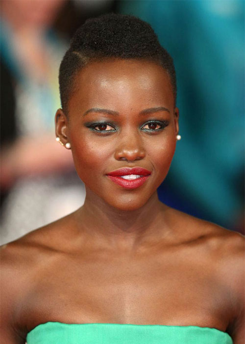 Lupita-Wearing-Red-Lipstick