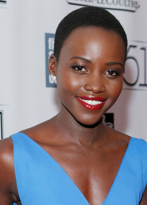 Lupita-Wearing-Red-Lipstick3