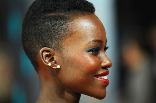 Lupita-Wearing-Red-Lipstick7