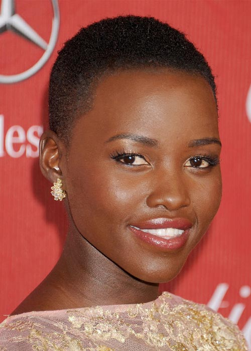 Lupita-Wearing-Red-Lipstick8